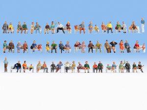 Figuren H0 Sitzende von NOCH