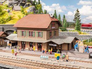 NOCH – Übergabe des Modell-Bahnhofs »Honau« an den Förderverein Bahnhof Honau e. V