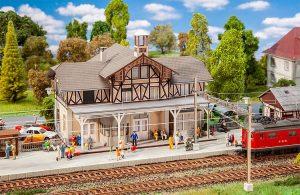 FALLER 110139 Bahnhof Beinwil in Spur H0