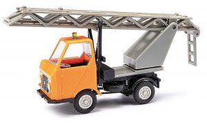 BUSCH 210003403 Multicar M22 mit Drehleiter, Orange