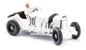 BUSCH 48301 Mercedes-Benz SSKL mit Fahrerfigur Hans Stuck Großer Preis von Deutschland 1931