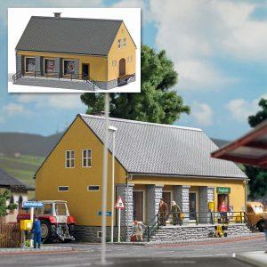 BUSCH 1381 DDR Landwarenhaus
