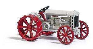 BUSCH MM 1:43 Traktor Fordson Model F 60103