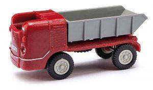 BUSCH 210006313 Multicar M21 mit Muldenkipper, Rot »Exquisit«