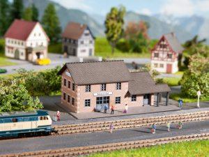 NOCH Bahnhof Zeil Spur Z