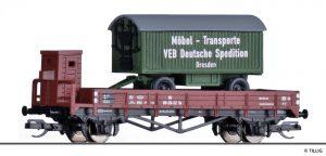 TILLIG - Art.-Nr.: 502200 Niederbordwagen der DR, beladen mit Möbelanhänger, Ep. III