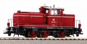 PIKO 55906 Sound Diesellok BR 260 DB rot IV