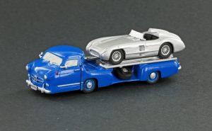 """LEGRAND Mercedes-Benz Renntransporter """"Das blaue Wunder"""""""