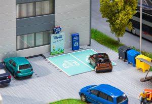 FALLER 180280 Ladestation für E-Fahrzeuge für Spur H0