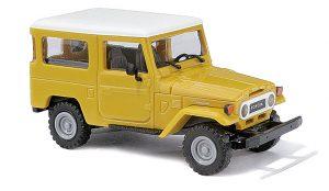 BUSCH 43034 Toyota Land Cruiser J4, Gelb