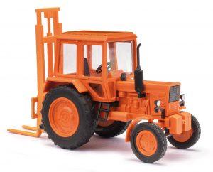 BUSCH 51313 Belarus MTS-80 mit Hecklift TVE 3200 FORMNEUHEIT